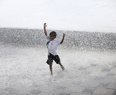 Kid-Dancing-In-Rain